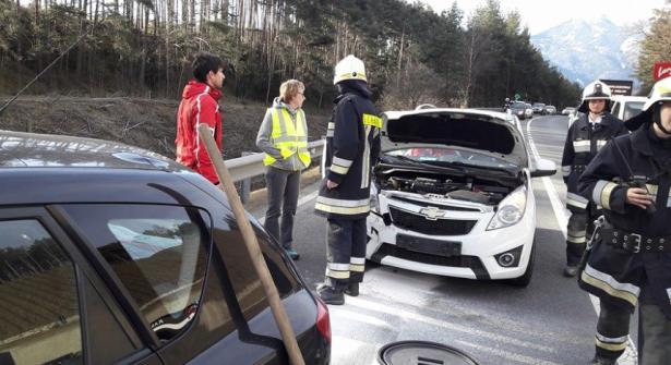 Der Unfall in Schabs (Fotos: FF Schabs)