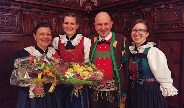 Manuela Lastei, Verena Geier, Elmar Thaler und Marlies Valentin. Fotos: © Südtiroler Schützenbund/Efrem Oberlechner