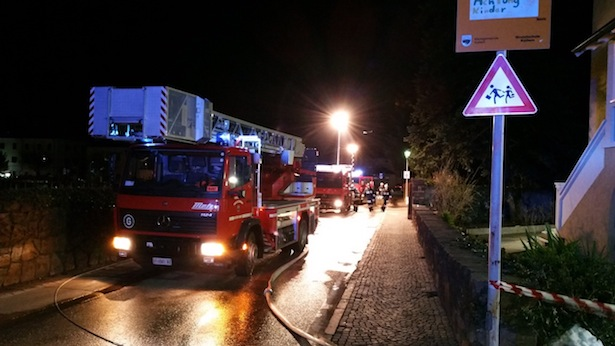 Der Einsatz der Feuerwehr (Fotos: FF Kaltern Markt)