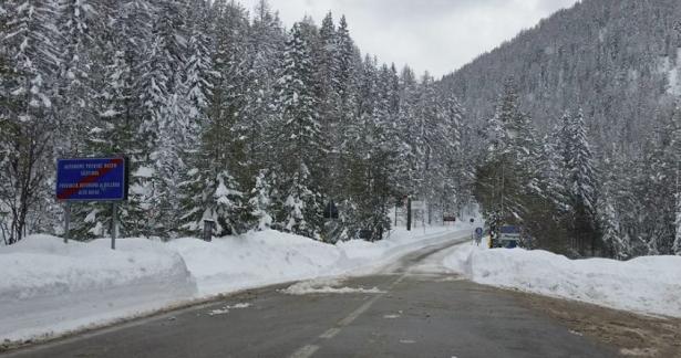 Die Grenze zwischen Südtirol und der Provinz Belluno am 6. März (Foto: Facebook/Sabrina Gaiardo)