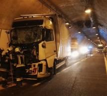 Crash im Tunnel