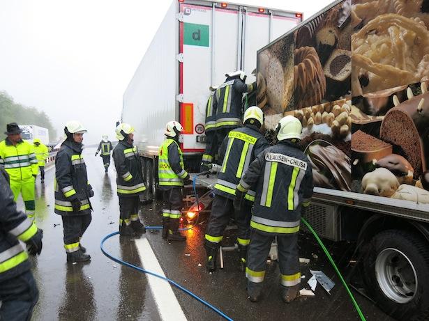 Der Einsatz der Feuerwehr (Fotos: FF Klausen)