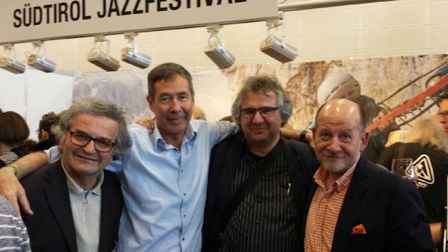 Babel Label-Gründer Oliver Weindling aus England mit Klaus Widmann, Michael Stückl - künstlerischer Leiter des Jazzclub Unterfahrt in München, und Hans Peter Schneider - Direktor der Messe Bremen (v.l.n.r.)