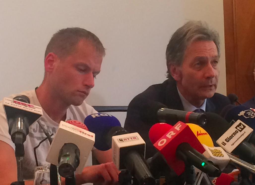 Alex Schwazer bei der Pressekonferenz