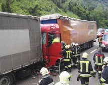 LKW-Crash auf Autobahn