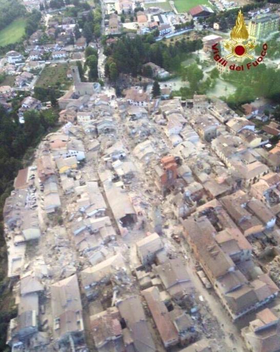 Luftaufnahme der Feuerwehr von Am