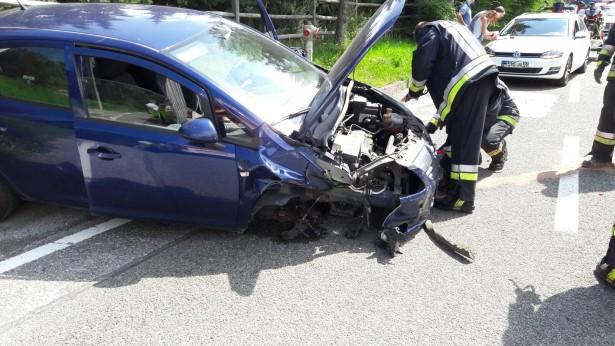 Ein Unfallwagen (Fotos: FF Schabs)