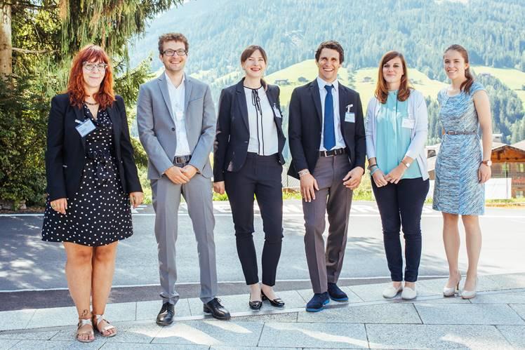 Von links die Kandidaten für den Jungforscherpreis: Katharina Crepaz, Michael Volgger (3. Preis), Ksenia Morozova (1. Preis), Michele Brighenti, Roberta Rosa und Daniela Lobenwein (1. Preis)