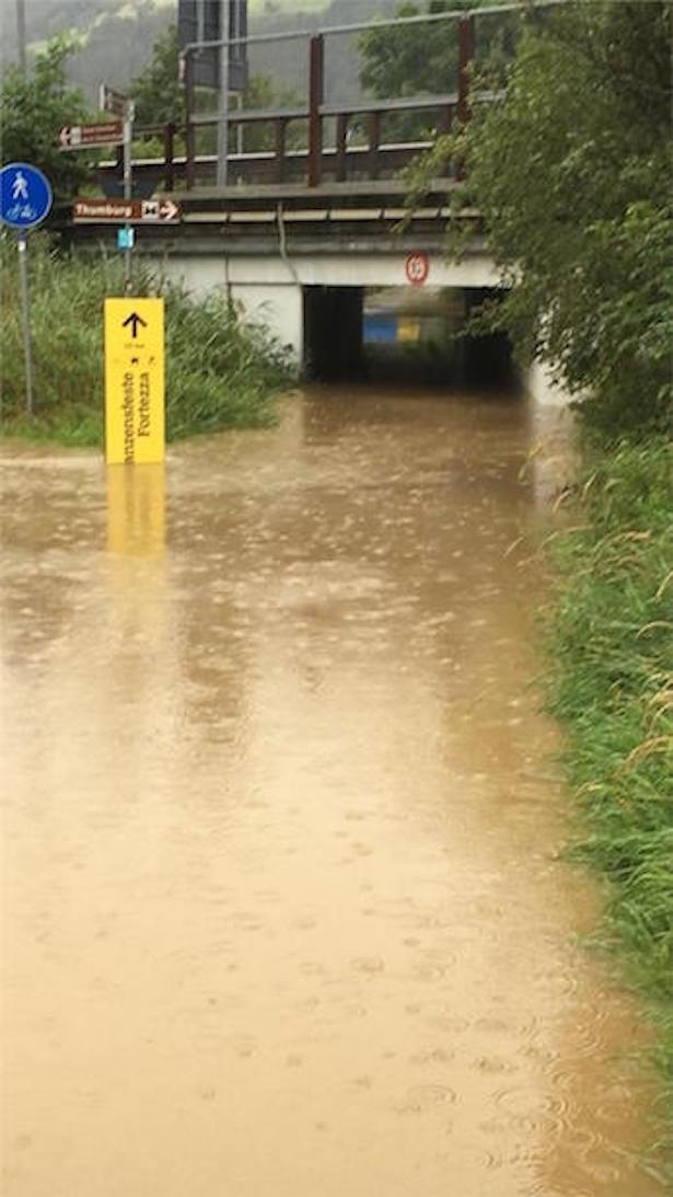 Der Mareiterbach ist bei Sterzing über die Ufer getreten. (Foto: Landesagentur für Bevölkerungsschutz)