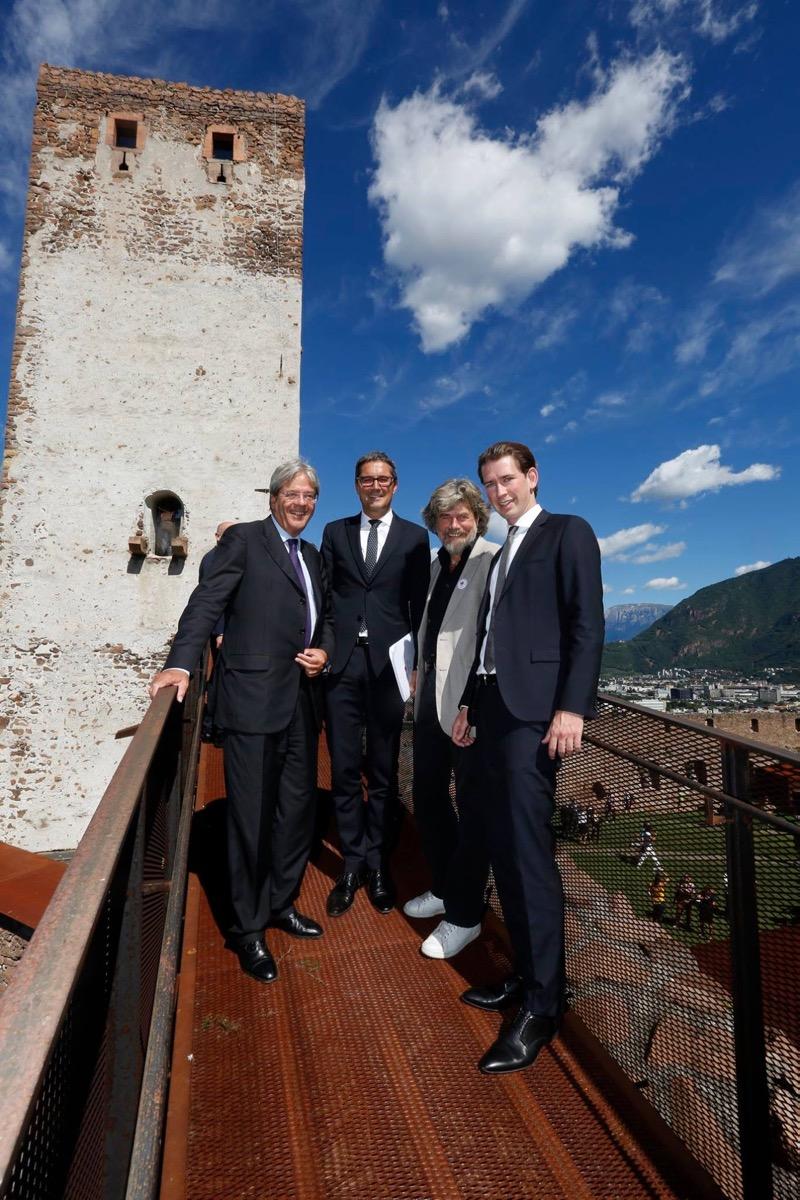 Paolo Gentiloni, Arno Kompatscher, Reinhold Messner und Sebastian kurz auf Sigmundskron