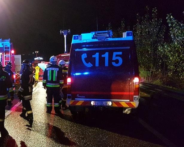 Die Sicherheitskräfte am Unfallort (Foto: FF St. Michael)