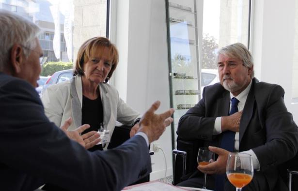 Minister Poletti im Gespräch mit Landesrätin Stocker