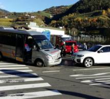 Bus gegen Pkw