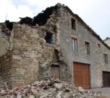 Geld für Erdbebenopfer