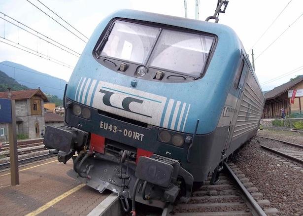 Der entgleiste Güterzug (Fotos: Der Brixner)
