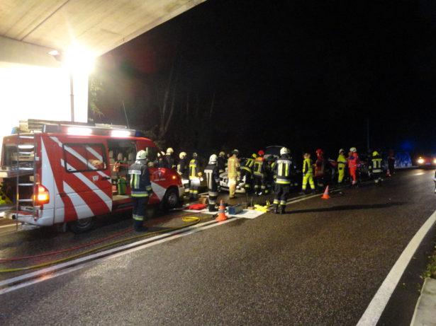 Der Einsatz am Unfallort (Foto: FF Kardaun-Karneid)