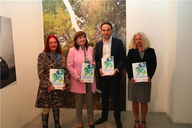 Petra Streng, Landesrätin Beate Palfrader, Landesrat Philipp Achammer und Sylvia Hofer.