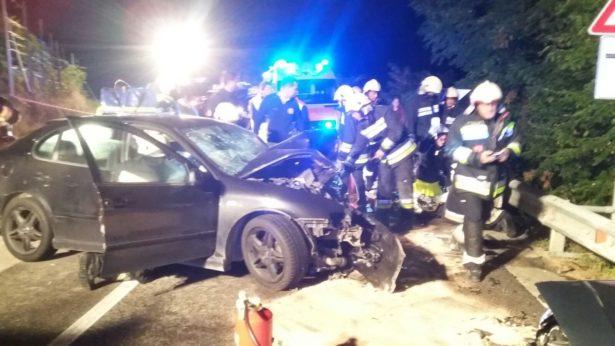 Der Unfall (Fotos: FF St. Pankraz)