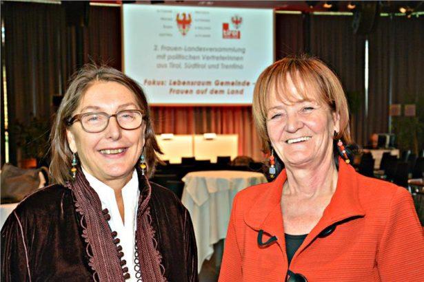 DFrauenlandesrätinnen Christine Baur und Martha Stocker