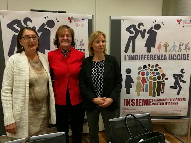 Die Euregio-Chancengleichheitslandesrätinnen bei der Vorstellung der gemeinsamen Kampagne gegen Gewalt an Frauen