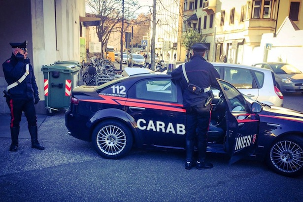 Die Carabinieri am Tatort in Bozen