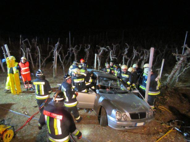 Der Unfall in Eppan (Fotos: Berufsfeuerwehr)