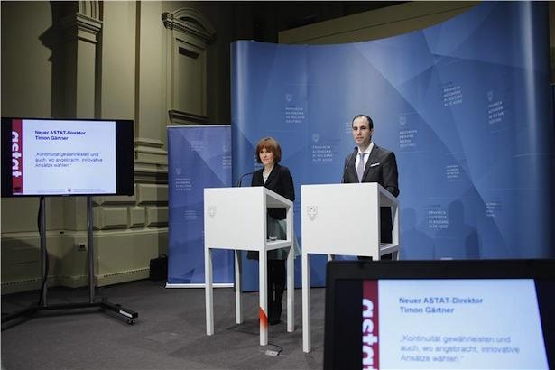 LRin Waltraud Deeg mit Timo Gärtner