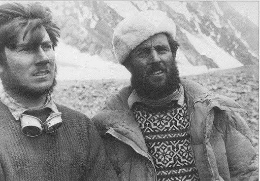 Erich Abram (rechts im Bild)