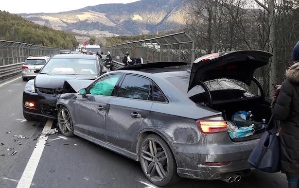 Der Unfall in Vahrn (Fotos: FF Schabs)