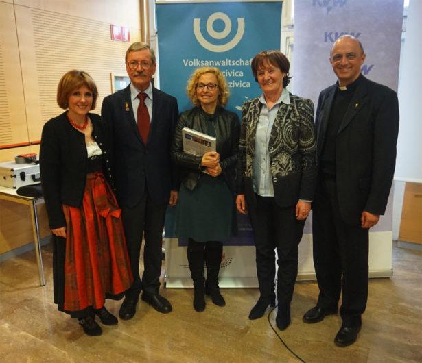 v.l. Waltraud Deeg, Erich Achmüller, Gabriele Morandell, Martha Stocker, Eugen Runggaldier