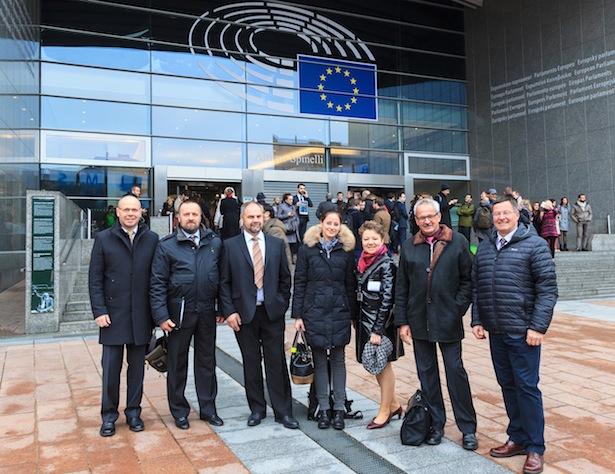 Im Bild (von links): Nikolaus Gufler, Kurt Frenademetz, Gottfried Steiner, Angelika Hofer, Vesna Caminades, Elmar Morandell und Konrad Rocchetti