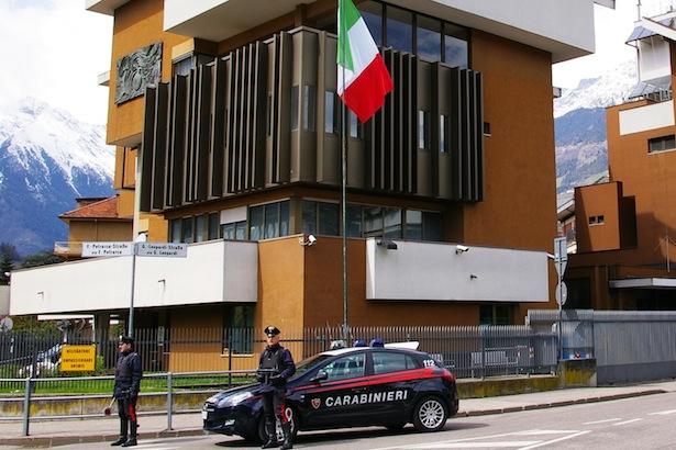 20170320-pattuglia-del-carabinieri-di-merano