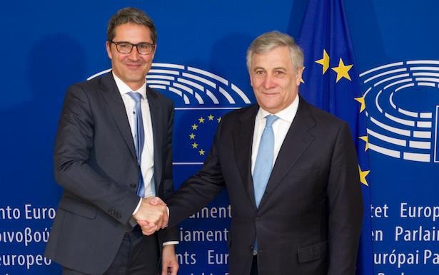 LH Arno Kompatscher mit EU-Parlamentspräsident Antonio Tajani in Brüssel