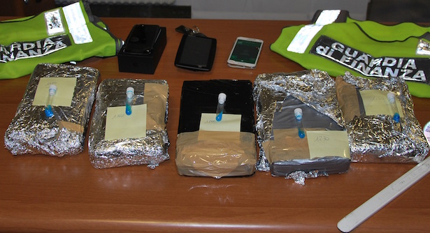 Beschlagnahmtes Kokain (Fotos: Finanzpolizei)