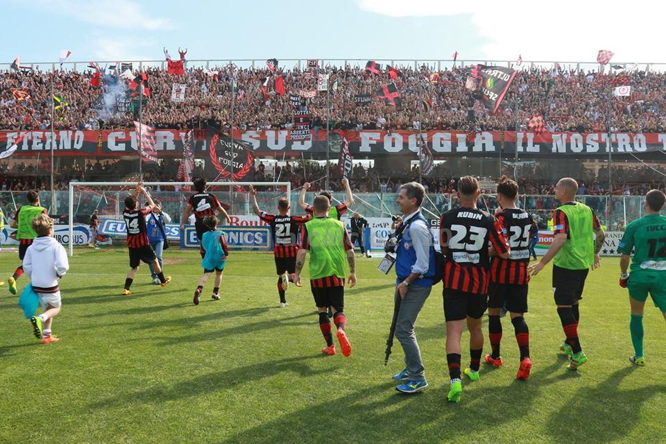 Die Mega-Stimmung im Zaccharia-Stadion in Foggia