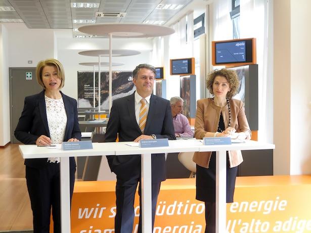 Paulina Schwarz, Andrea Lanzingher und Francesca Scipione
