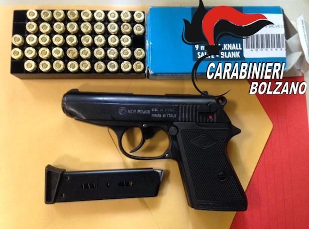 Die beschlagnahmte Schreckschusspistole (Foto: Carabinieri)