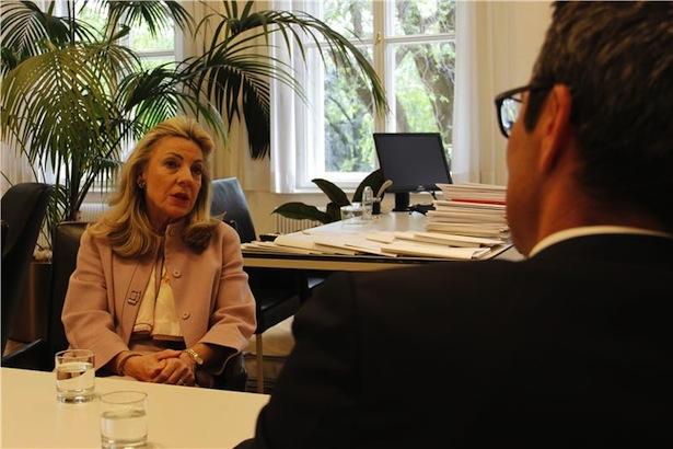 Elisbetta Margiacchi mit LH Arno Kompatscher