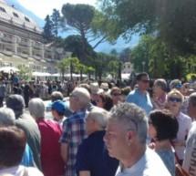 Proteste vor dem Kurhaus