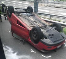 Auto auf dem Dach