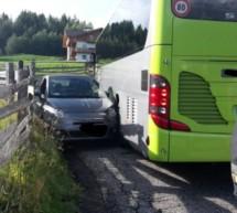 Crash mit Linienbus