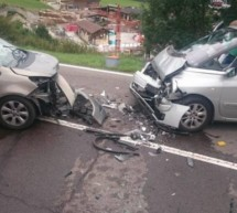 Vier Verletzte nach Crash