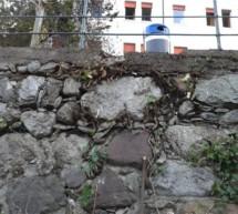 Sanierte Ufermauern