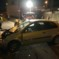 Auto gegen Leitplanken