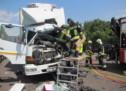 Mann stirbt bei Lkw-Crash