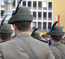Simulant in Uniform