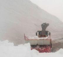 12 Meter Schnee