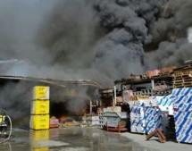 Brand im Baustofflager