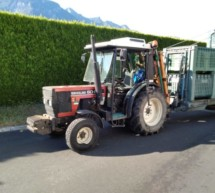 Scooter gegen Traktor