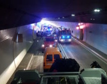 Karambolage im Tunnel